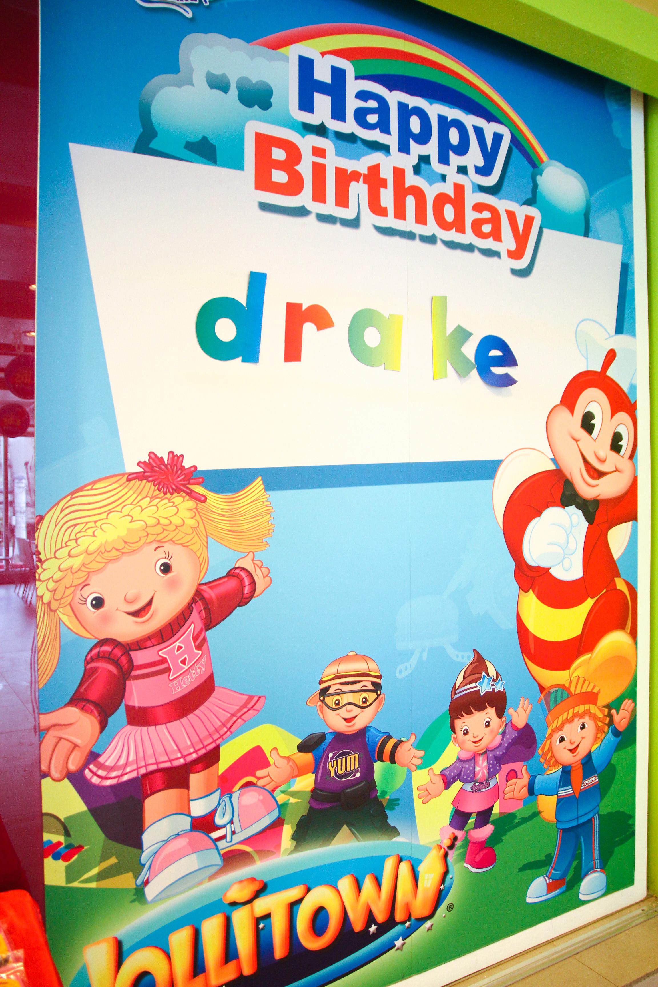 Drakes first birthday jollibee party dindinstars drakes jollibee banner stopboris Choice Image